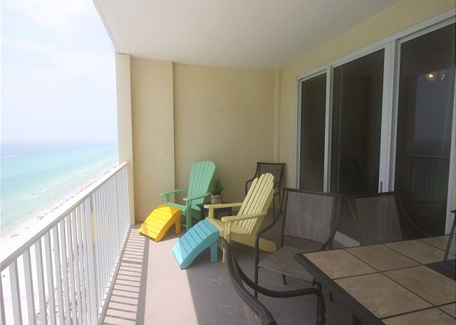 Ocean Reef is in the heart of everything! Close to Pier Park and walking distance to restaurants and other shopping areas! This resort has amenities such as a first class work out room, BBQ Grills, 2 pools 1 indoor that is heated in the winter and one outdoor in the salt air and warm sun and way to many more amenities to mention! You know you are in the tropics from the moment you arrive!